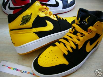 Air Jordan Retro 1 Beginning Moments Package