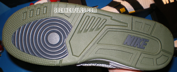 Nike Air Assault IPC Detailed Pictures