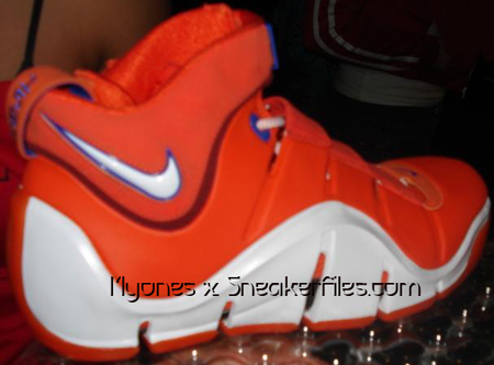Nike Air Zoom Lebron IV White/Orange Sample