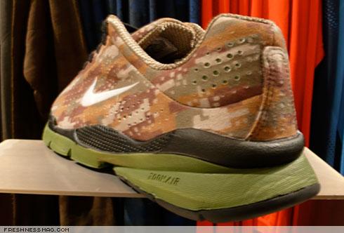 Nike Air Moire Digi Camo
