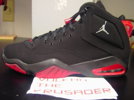 Air Jordan B Loyal Black/Red