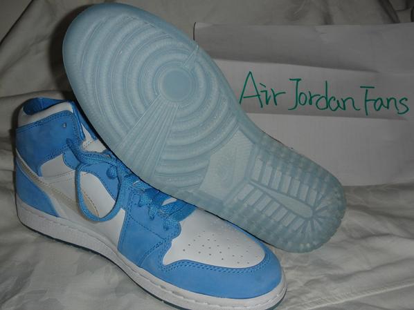 Air Jordan Retro I White/Caro Blue Sample