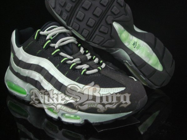 Nike Air Max 95 Black/Silver Sample