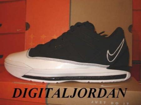 Nike LeBron III Low Dunkman PE