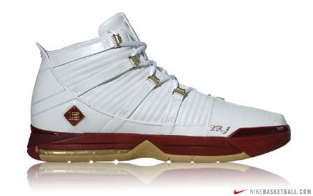 Nike LeBron III Playoff PE