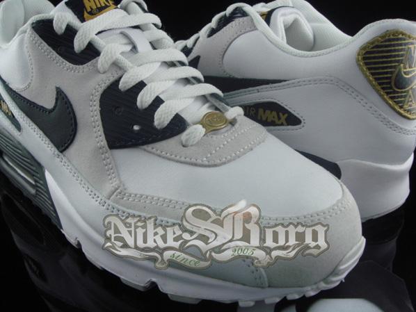 Nike Air Max 90 White/Dark Obsidian Metallic Gold