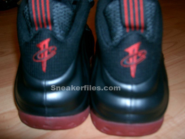 Nike Foamposite One Black/Red Sample