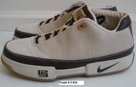 Nike Zoom LeBron Low ST Las Vegas