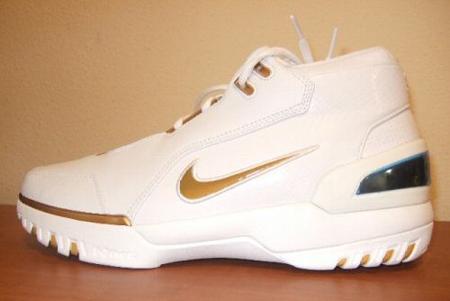 Nike LeBron I AZG White/Gold PE