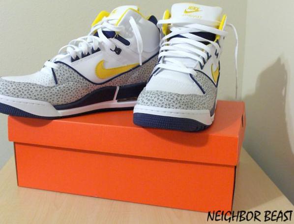 New Nike Air Assaults Retro Navy/Yellow/White