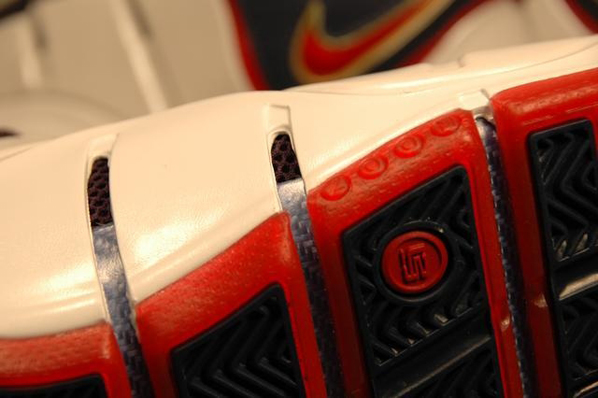 Nike Lebron IV Playoffs Detailed Look