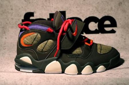 Nike CB4 Charles Barkley Retro