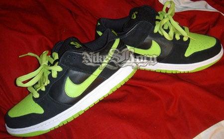 Nike Dunk SB Low Black/Neon Sample