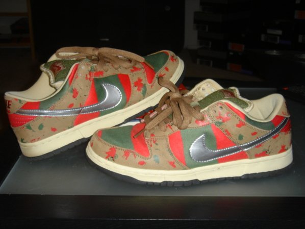 low priced 2aeb0 d3a12 Nike Dunk Low SB Freddy Krueger