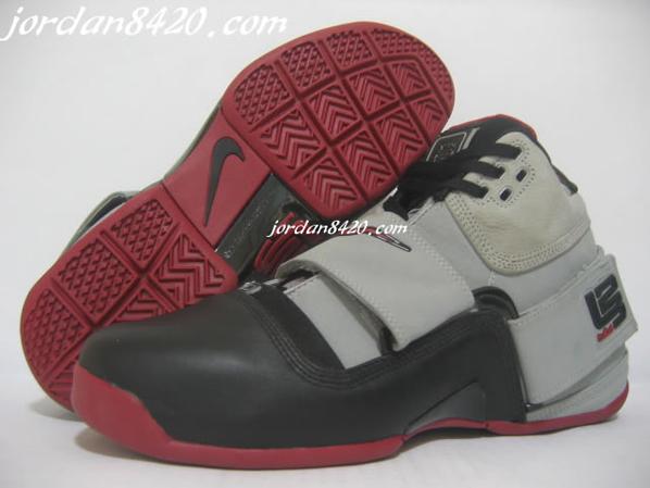 Nike Air Zoom LeBron Soldier Black/Grey/Red