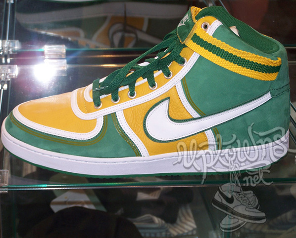 Nike Dunk and Vandal Back to School Pack