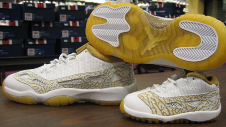 Air Jordan 11 IE Retro White/Metallic Gold