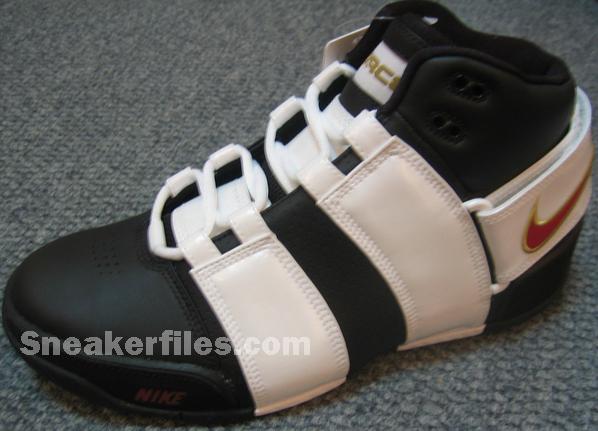 Nike Air Believe Force Black/Varsity Crimson