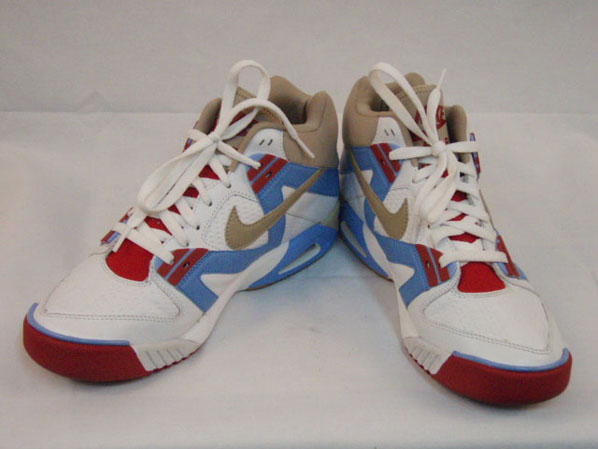 New Nike Air Tech Challenge Retro Sample
