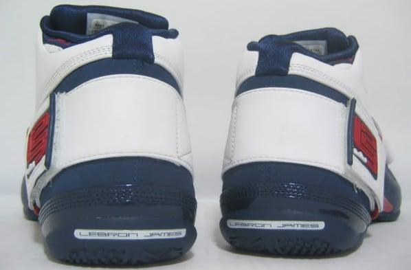 Nike Zoom Lebron Soldier USA