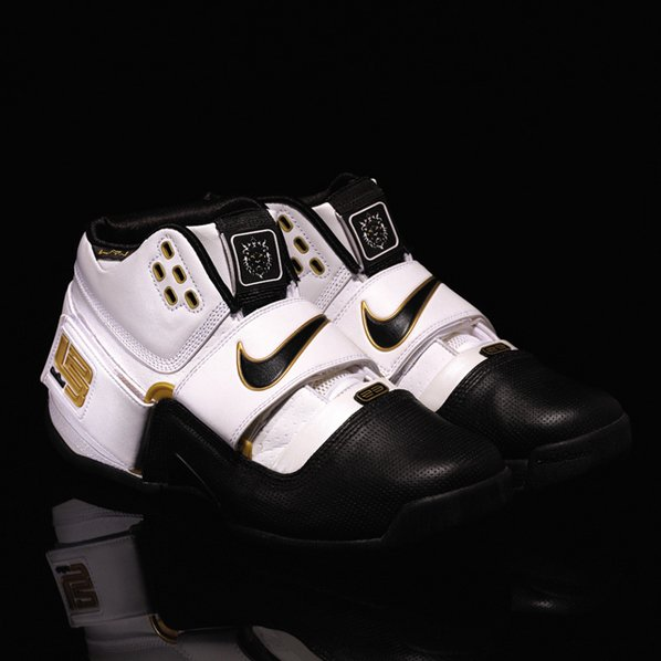 check out 51ea9 a94ce nike zoom soldier 1