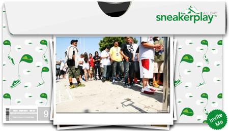 Sneaker Play Photo Box widget