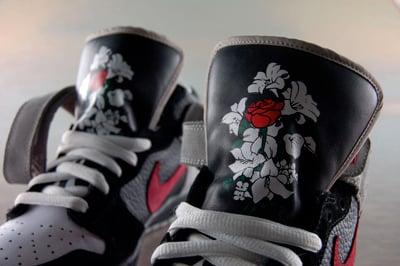 size 40 25967 e82f3 Nike Dunk SB Mid Guns N Roses November Rain