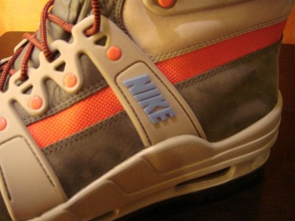 Nike ACG Superdome Boot