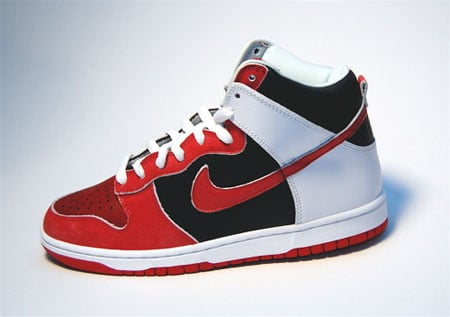 separation shoes 86ec5 44a15 Nike SB Dunk High Red Black White