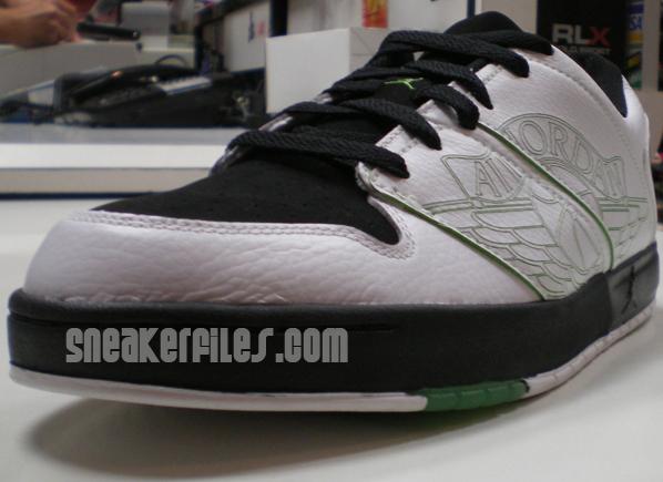 Jordan 1 Nu Retro White/Black/Green