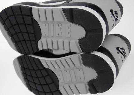 Nike Retro Windrunner TR 2 | SneakerFiles