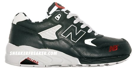 New Balance MT580 Black and White