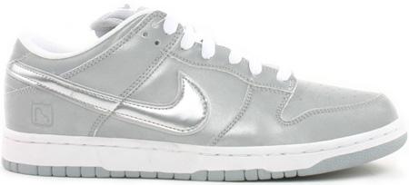 Nike Dunk SB Low Medicom III (3) 3M