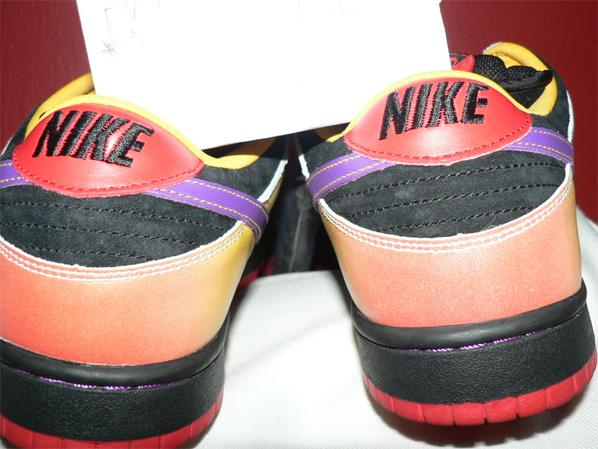 Nike SB Guns and Roses Appetite For Destruction Dunk Low