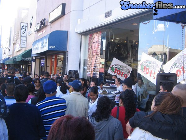 Shiekh Shoes Huntington Park Grand Opening
