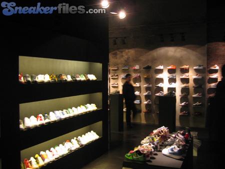 Unik: New Store in China