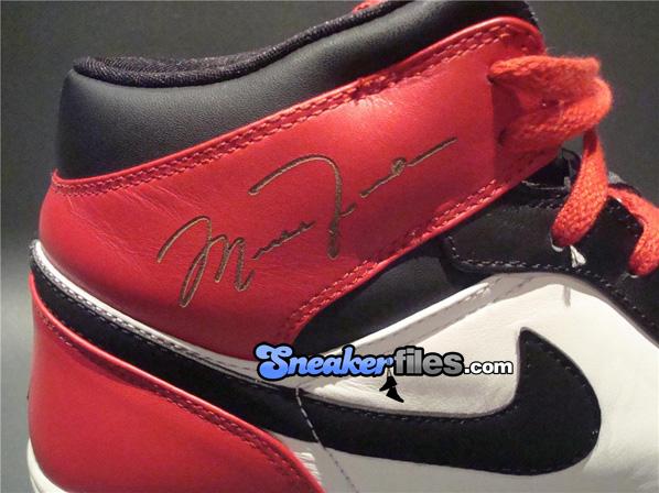 Air Jordan I 1 Black Toe Lasers