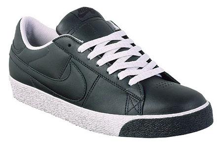 Nike SB Blazer Low - Black/Black