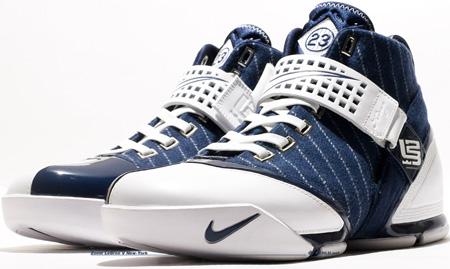 Nike Zoom LeBron 5 New York Yankees Detailed Look