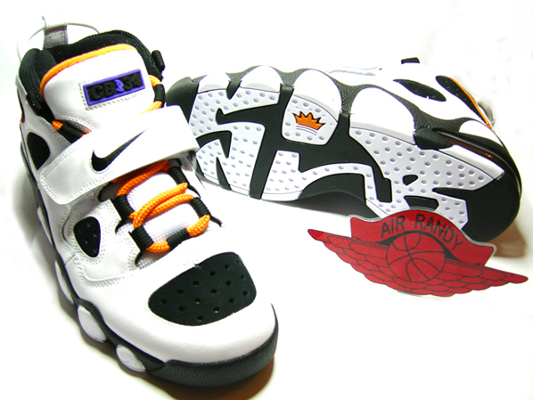 Nike Retro CB34 Charles Barkley White/Black - Carrot