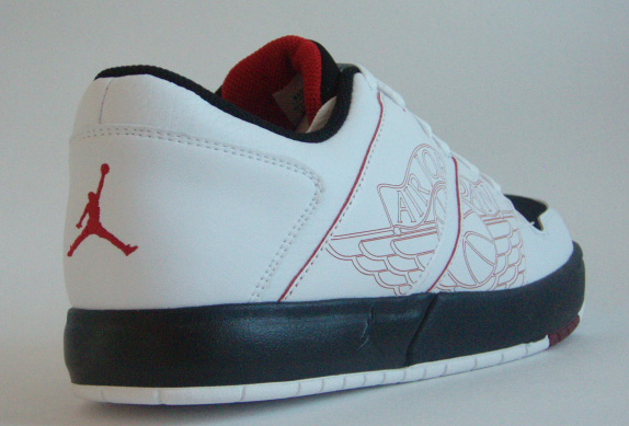 Jordan Nu Retro 1 - Black/White/Red