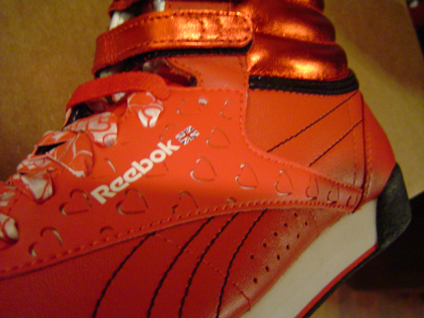 Reebok Womens Valentines Day Pack