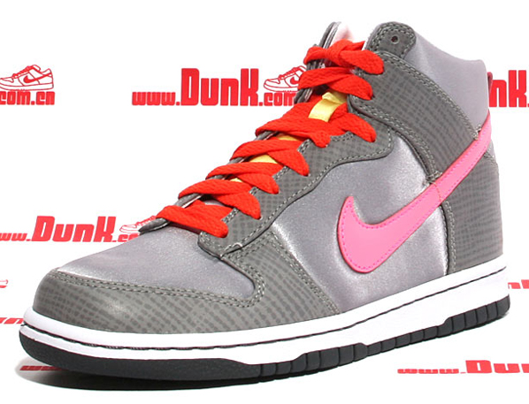 Nike WMNS Dunk High Premium - Medium Grey/Laser Pink