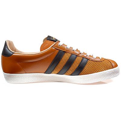 Adidas Training 72 - Orange and Blue