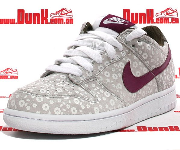Nike WMNS Dunk Low CL - Loganberry