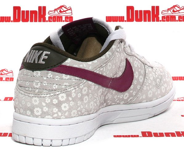 Nike WMNS Dunk Low - Loganberry