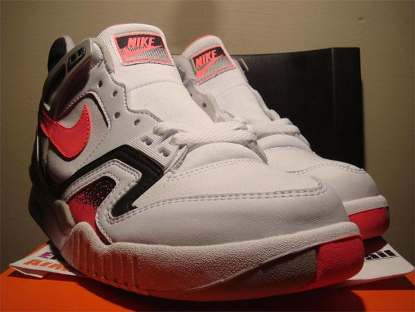 Nike Air Tech Challenge II - Hot Lava Detailed Look