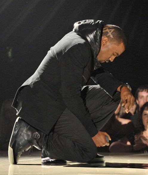 Kanye West Grammy Night x Unknown Nike