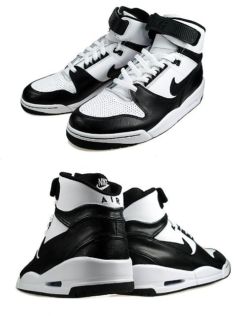 Nike Air Assault and Air Burst - Black / White Pack