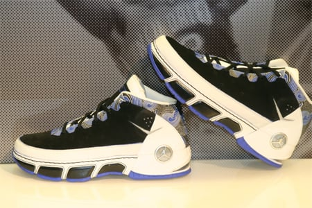 Air Jordan CP Chris Paul - Black / White / Royal